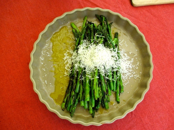 Grilled asparagus with shaved parmesan